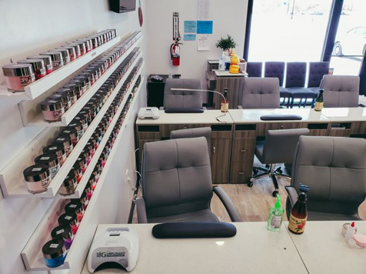 Awesome Nails & Wax